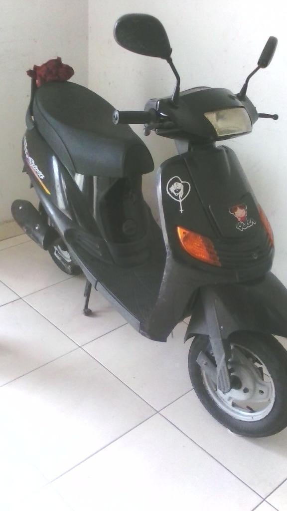 Vendo Moto Spirit Auteco