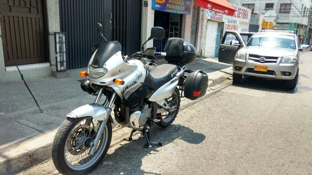 Suzuki Freewind Xf 650