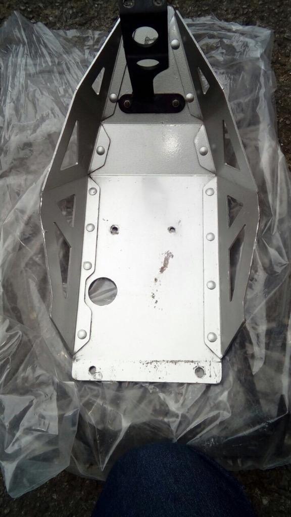 Vendo Cubre Carter Vstrom 650Abs mastech