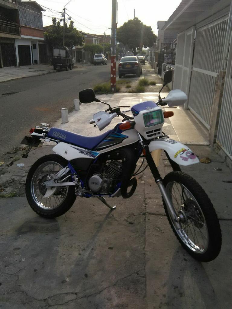 Vendo Moto Dt 125