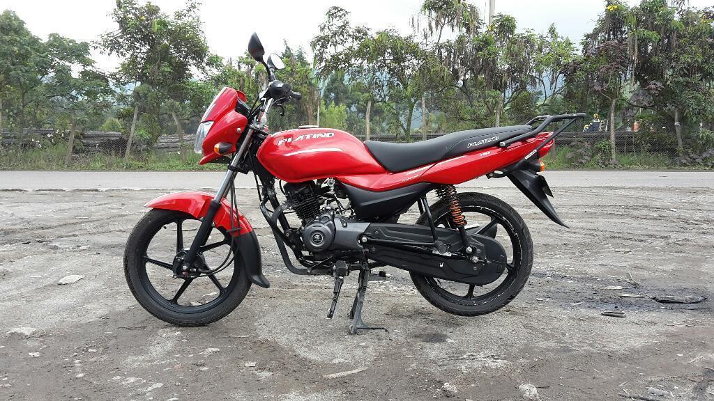 Moto Platino 110. con Accesorios