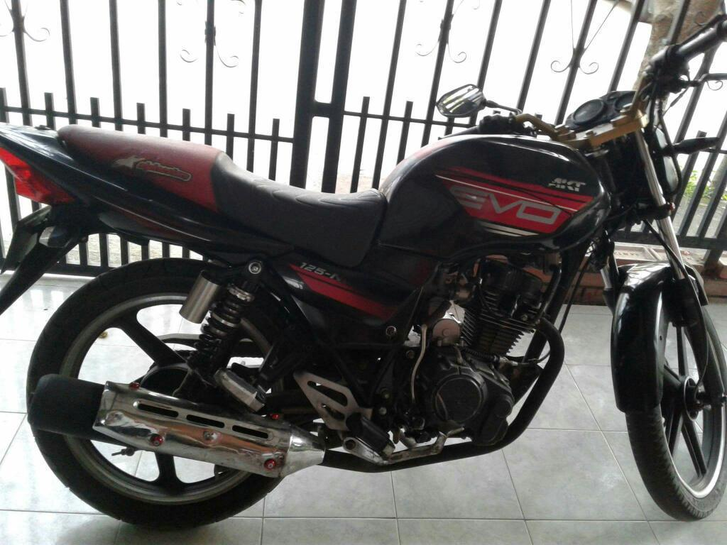 Moto Akt Modelo 2013