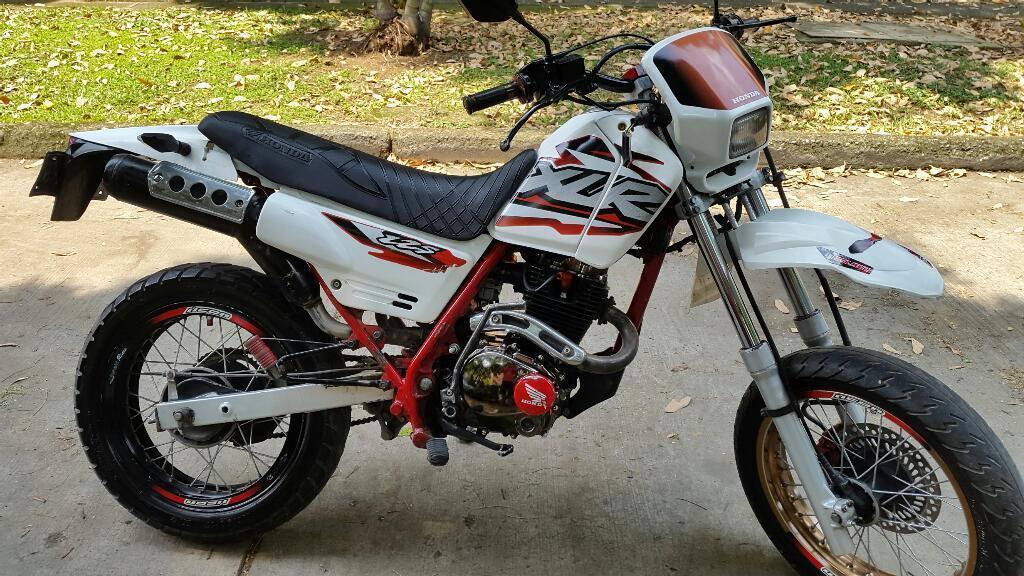 Honda Xlr 125 Brick7 Motos