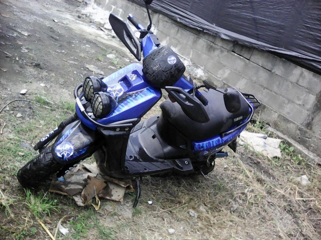 VENDO MOTO BWS 2004
