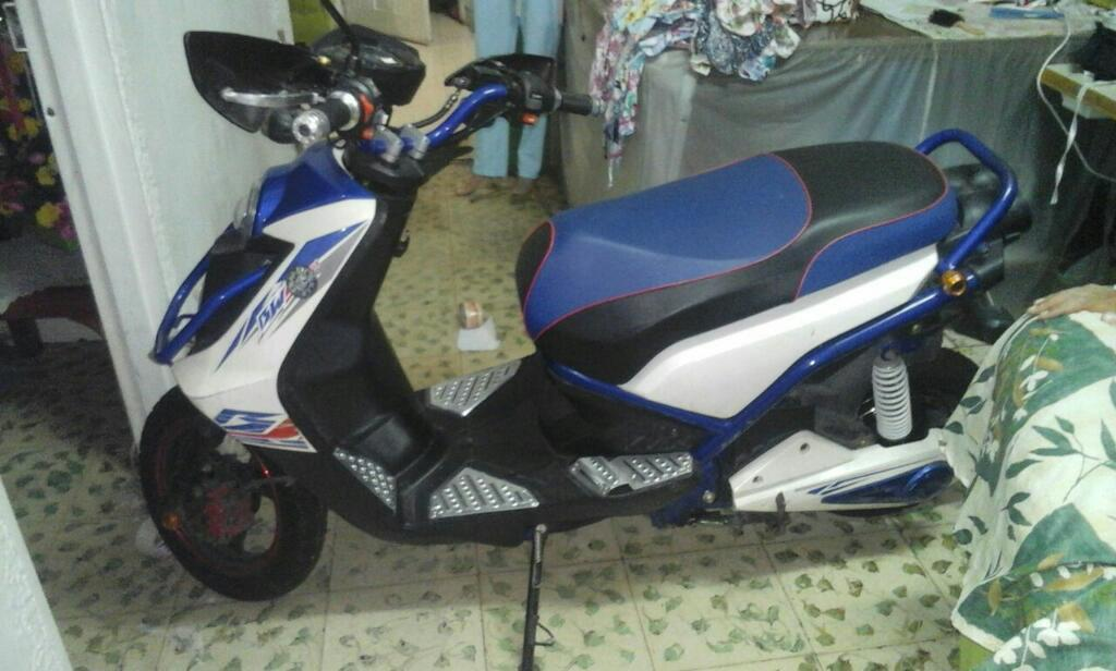 Moto Eléctrica Imitacion Bws