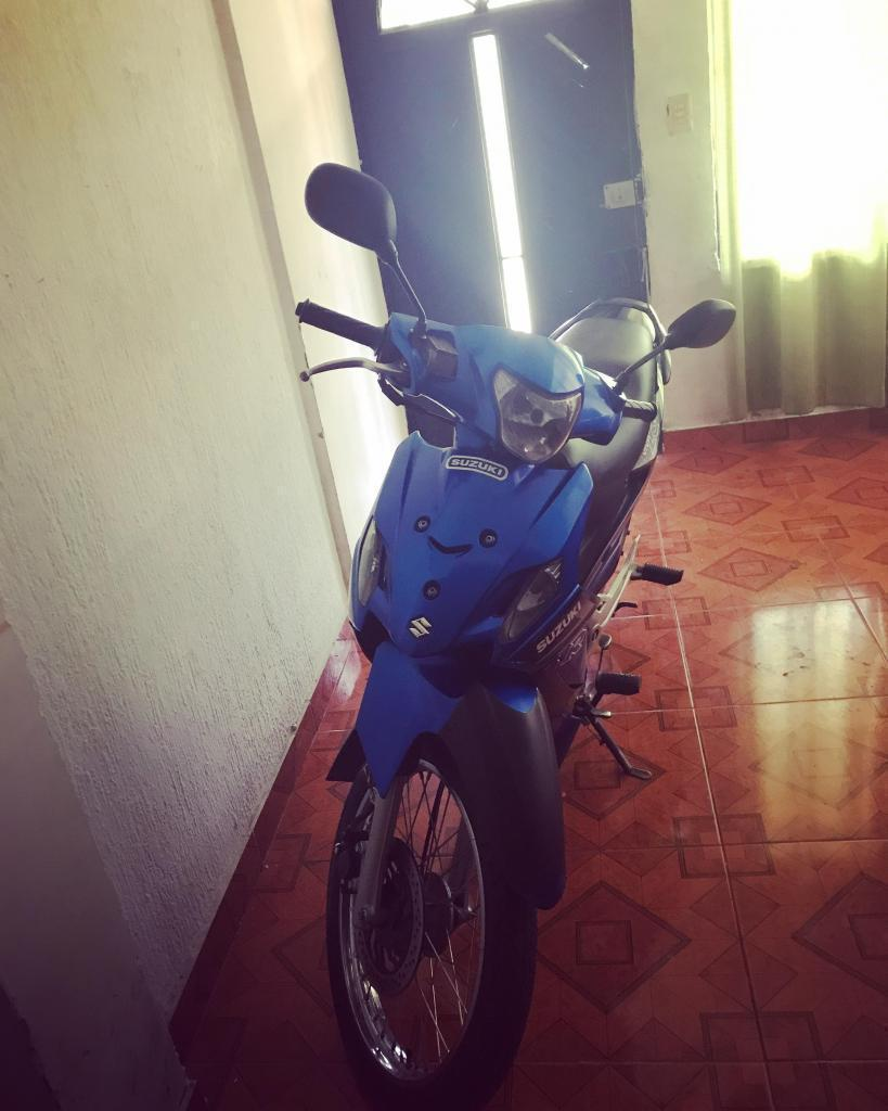 Moto viva R