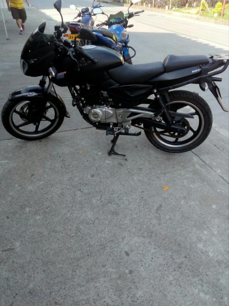 Motocicleta Bajaj