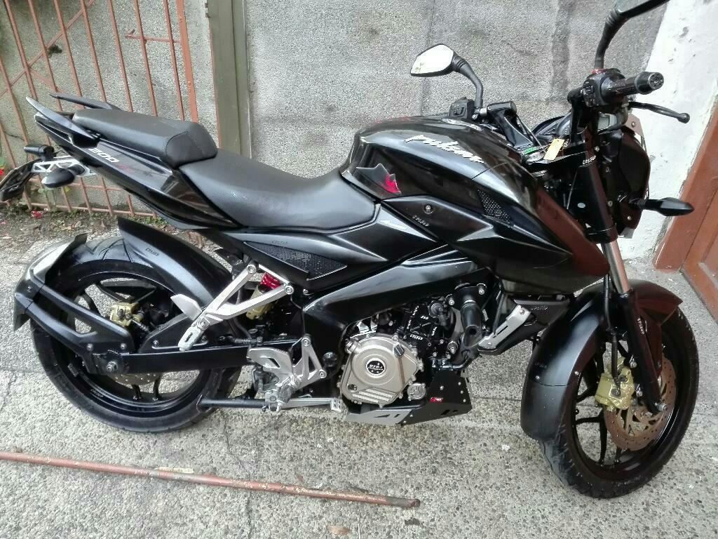 Protector De Motor Bajaj Brick7 Motos Pulsar 200 Ns