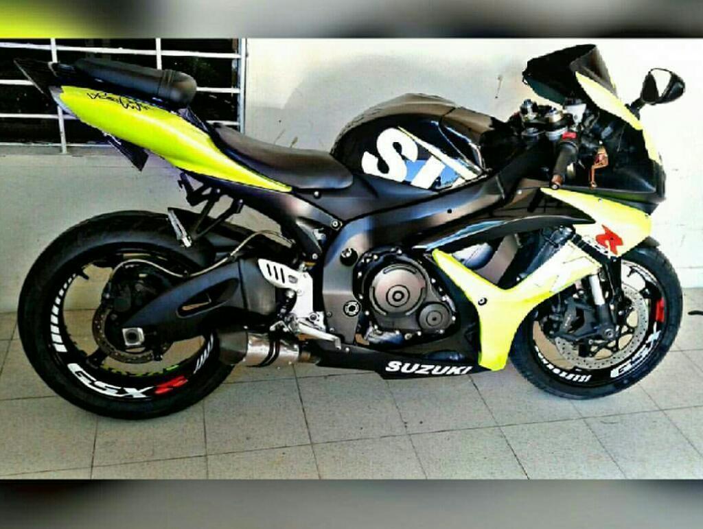Suzuki Gsxr 600 No Cbr R6 R1 Ninja300