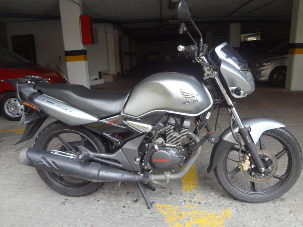 HONDA CBF 150, MODELO 2010, EXCELENTE ESTADO, ENTREGO A NOMBRE DEL COMPRADOR, RECIBO MOTO MENOR VALOR