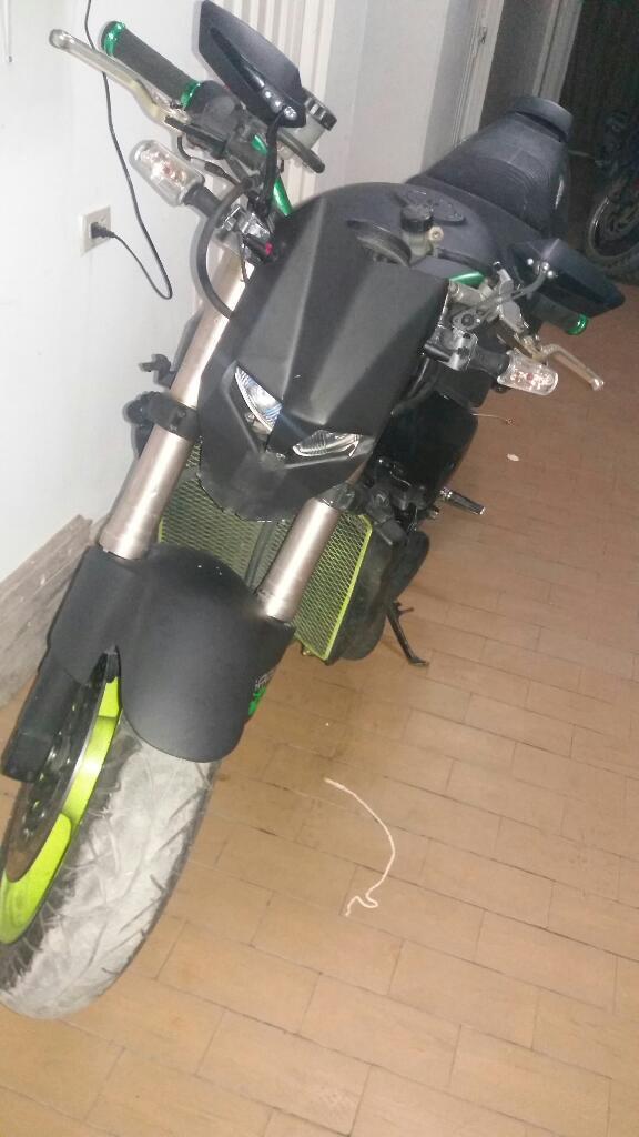 Moto Kawasaki Zx 750