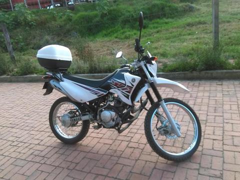 Vendo Moto Enduro Yamaha XTZ 125