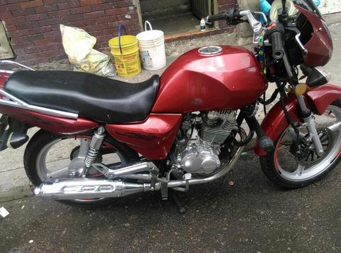 Moto Jincheng 2008 en 1.700.000