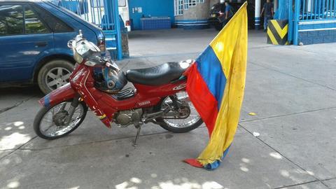 Vendo Hermosa Moto con Ti Bandra
