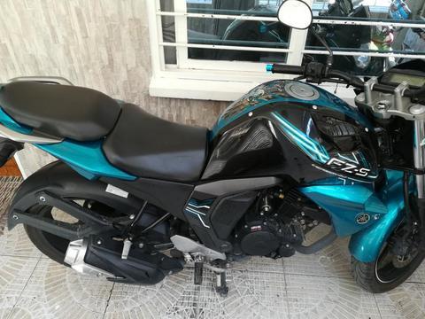 Yamaha Versión 2.0 Fzs