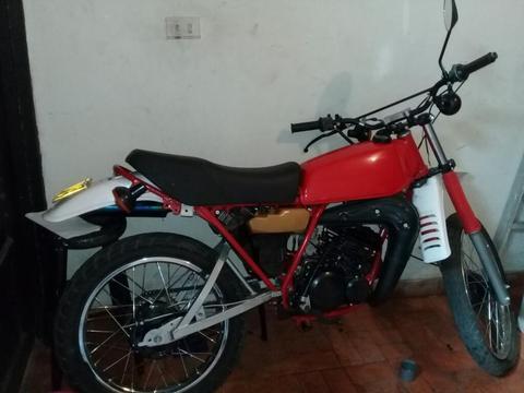 Yamaha Enduro 1800000