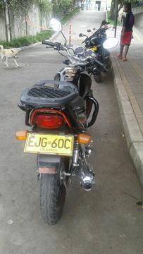 Se Ofrece Moto Gs Suzuki Modelo 2011