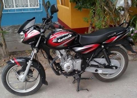Moto Discover 125 negra 2017 Bogota Espinal