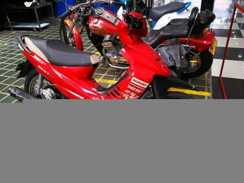 Moto Suzuki best 125