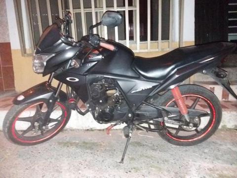 Moto Honda CB110 con seguro y técnico mecánica hasta agosto, único due