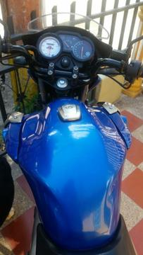 Vendo Moto Yamaha Szr