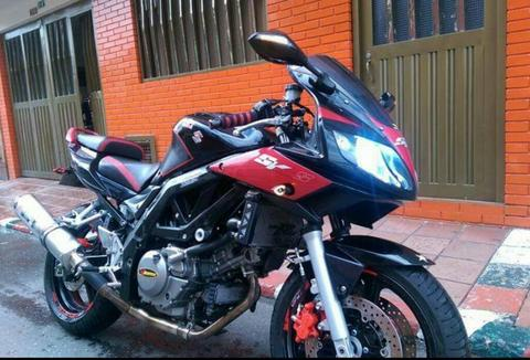 Moto Suzuki Sv 650