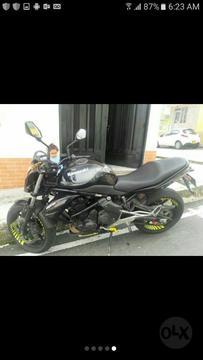 Se Vende Moto Er6n Modelo 2011