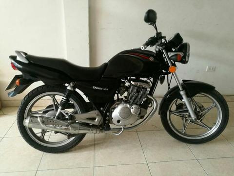 Suzuki en 125