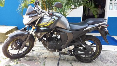 Yamaha FZ versión 2.0