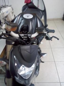 Moto Ducati Estrigfaider 2014