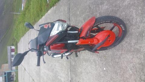 moto pulsar 135 ls roja negra