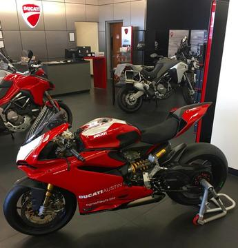 Nuevo acuerdo especial de ducati superbike 2015 True real business deal / True business Oferta especial